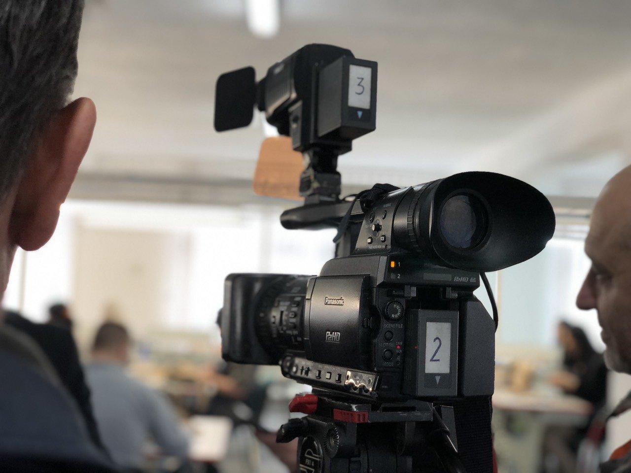 Камера, медији, фото: Марко Миладиновић, портал ,,Нишке новине''