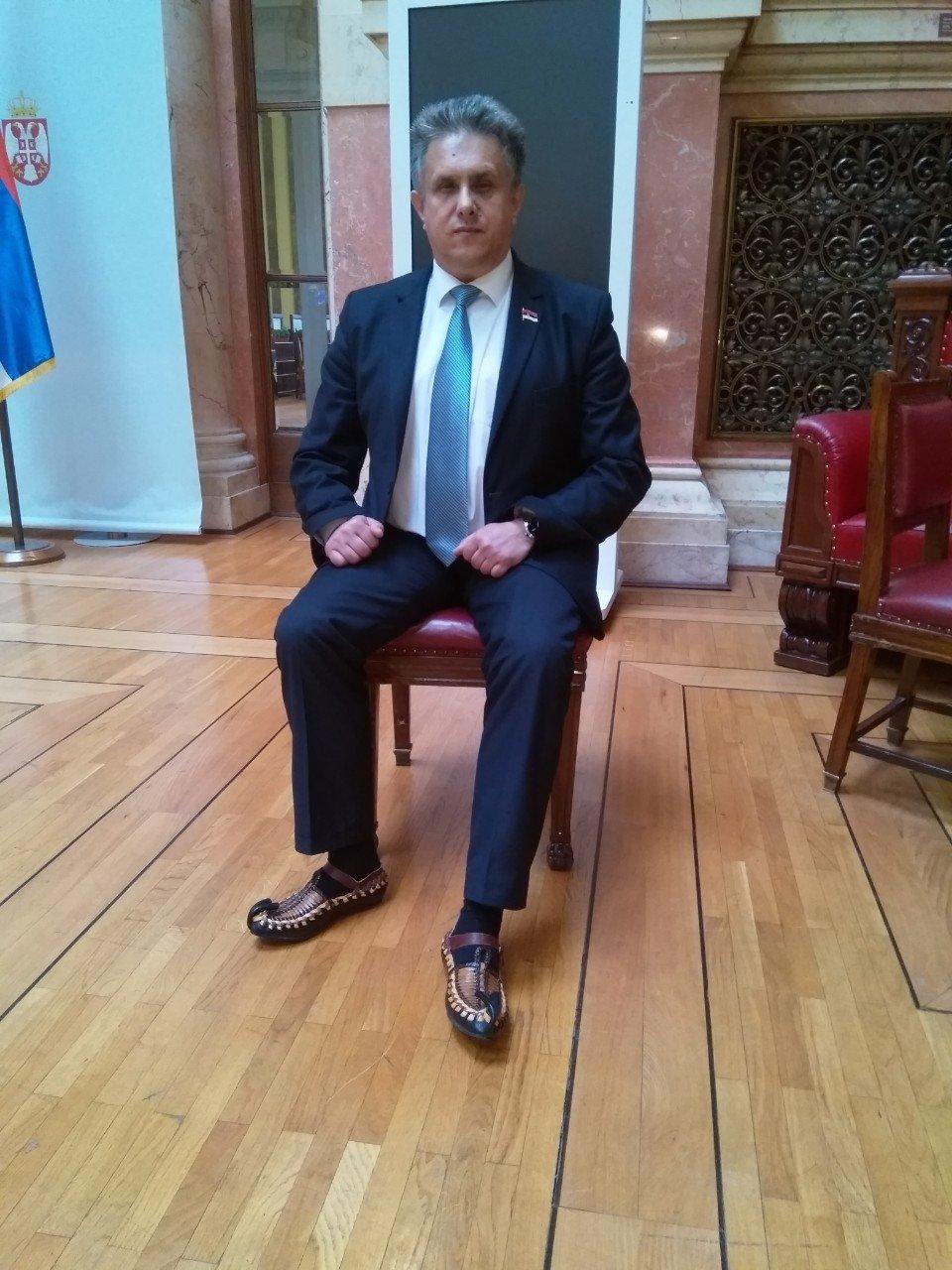Народни посланик Милија Милетић у опанцима, фото: приватна архива М.М.