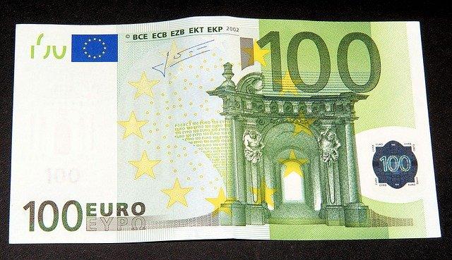 Сто евра, илустрација, преузето са сајта: pixabay.com, Karsten Paulick