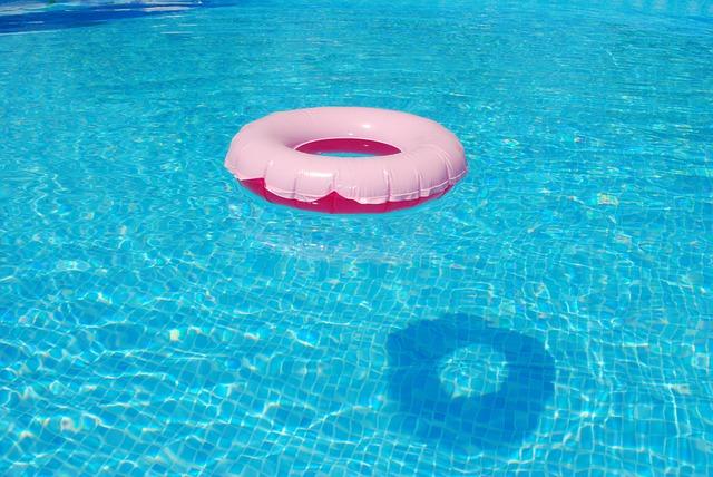 Илустрација, базен, фото Пиксабеј